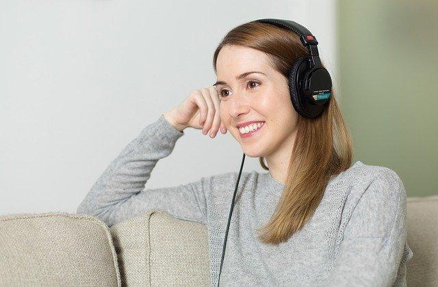 jak vybrat bezdrátová sluchátka - rady