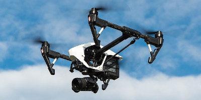 Recenze dronů 2020 – Test a návod jak vybrat