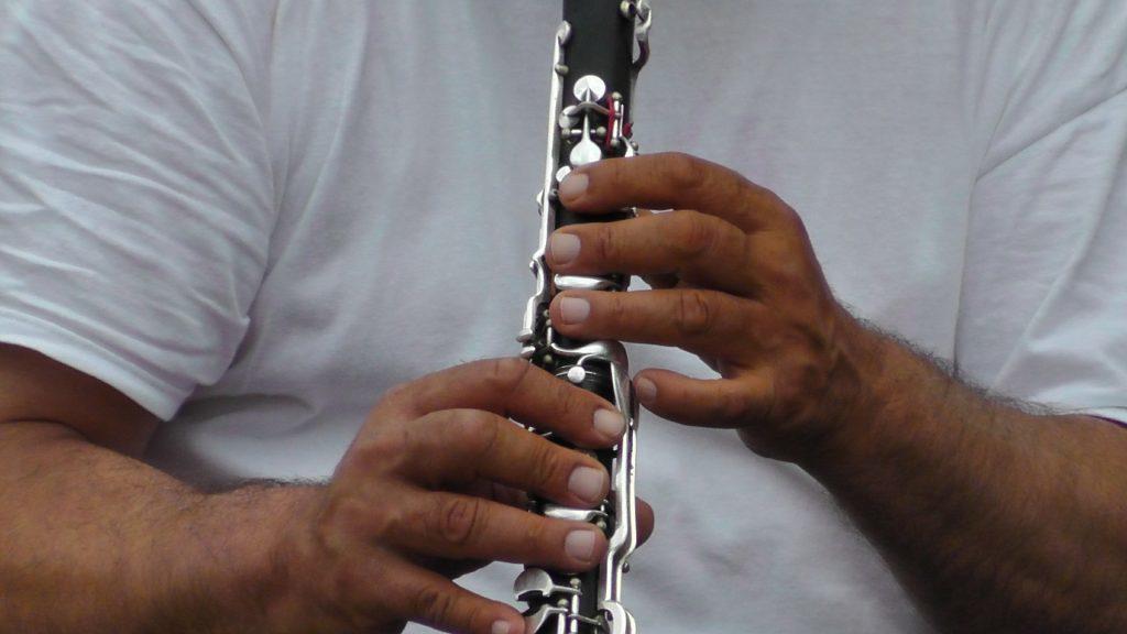 jak hrat na klarinet