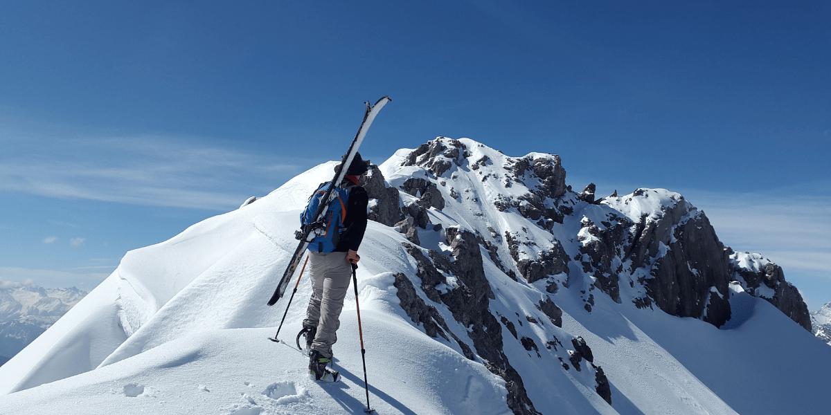 Skialpinismus, skialpinistické lyže
