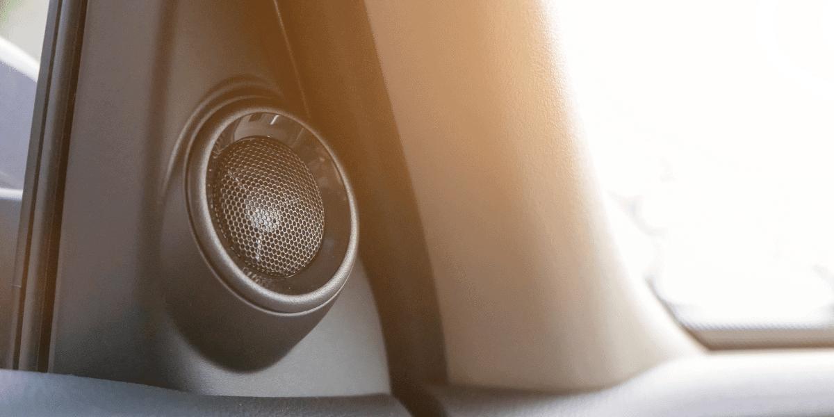 Jak vybrat reproduktory do auta