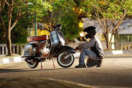 Helmy na motorku jak vybrat test a recenze helem