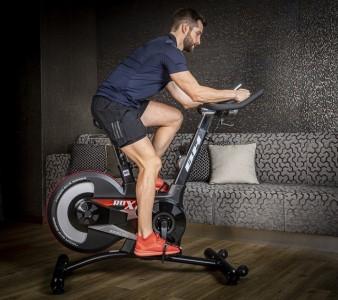 Jízda na cyklotrenažéru – recenze a porovnání