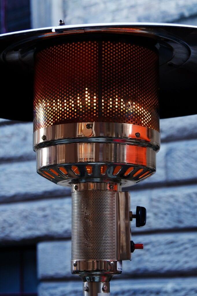 Venkovní plynový ohřívač