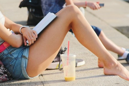 Depilace nohou – hladce oholené nohy