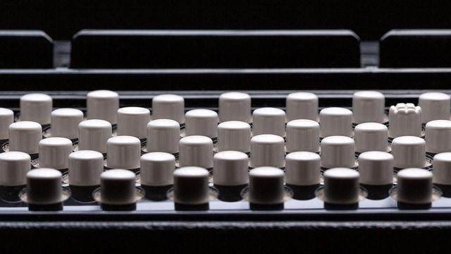 Basová tlačítka akordeonu